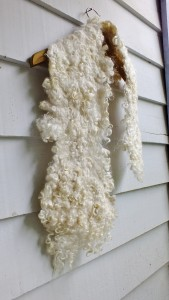 white wool lock scarf  plumblossomfarm.com